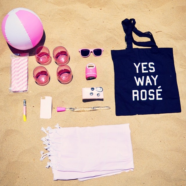 yes way rose tote